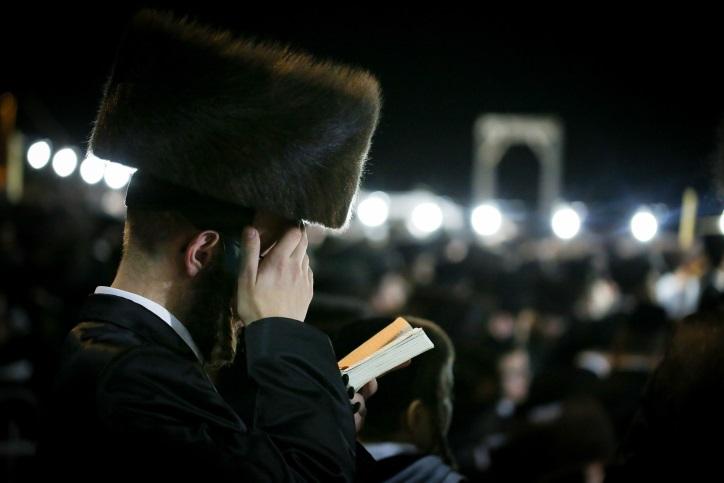 ישראל מאיר שוויד ושלום סאאל מרגשים: