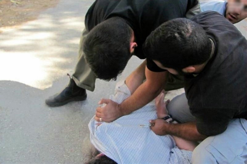 חשד: הבלשים חיפשו סמים בבני ברק וגנבו כסף ותכשיטים