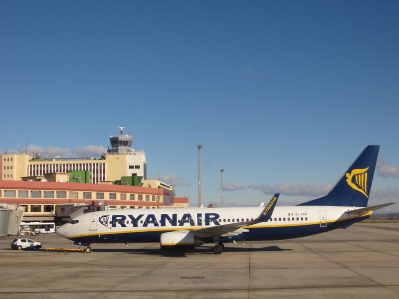 בניגוד להתחייבות: ריינאייר מבטלת כ-18 אלף טיסות נוספות