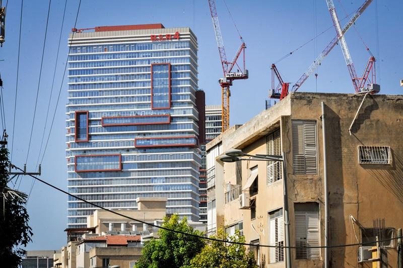 """צפוף בב""""ב? 10,000 דירות חדשות אושרו בעיר"""