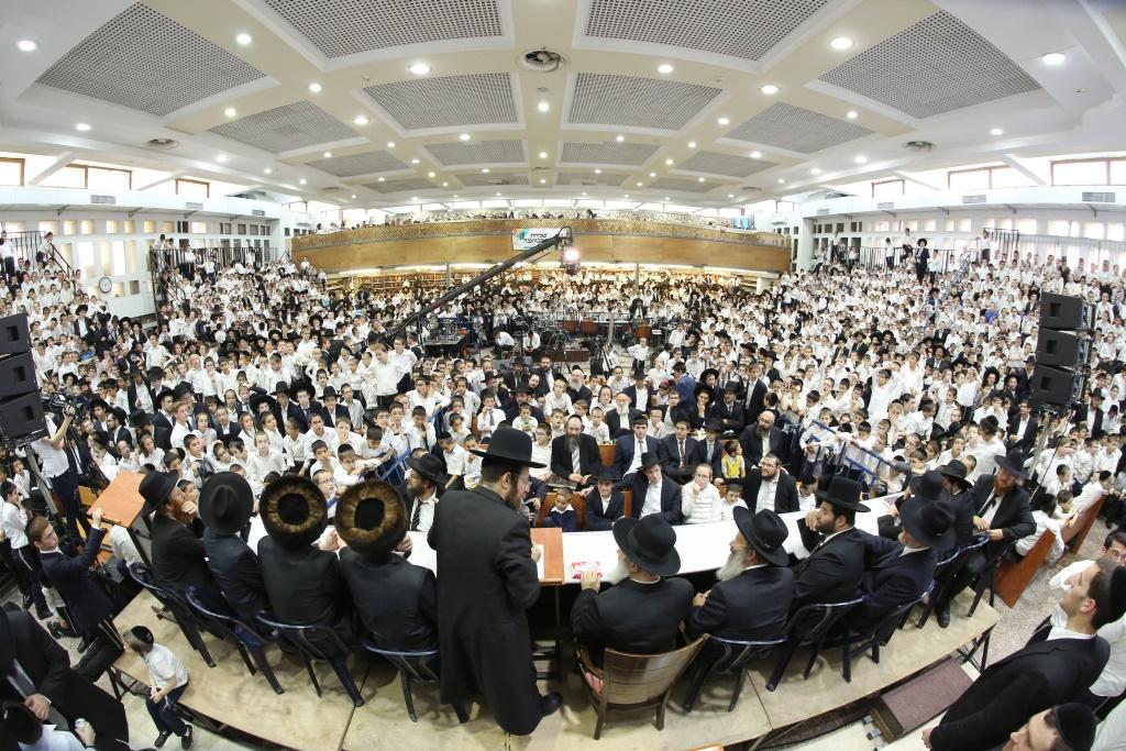 גדולי ישראל ואלף ילדים ב