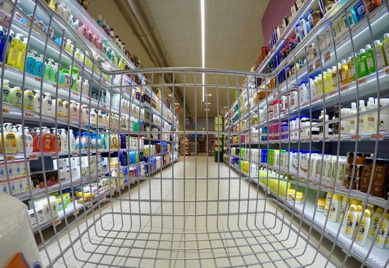 """יבואנים יחויבו לראשונה לפרסם את מחירי המוצרים בחו""""ל"""