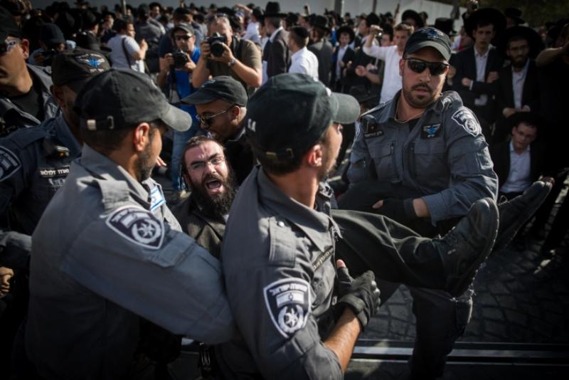 הזעם בתמונות: גלריית ענק מהמהומות בבירה