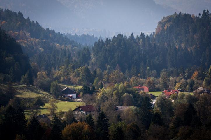 המסע לסלובניה: הנהר השוצף והעיירה הציורית