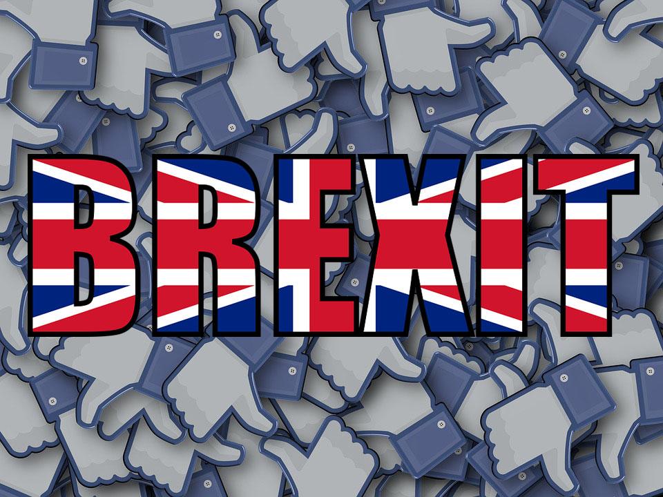 פייסבוק מודה לראשונה באפשרות של מעורבות רוסית בהצבעה על ברקזיט