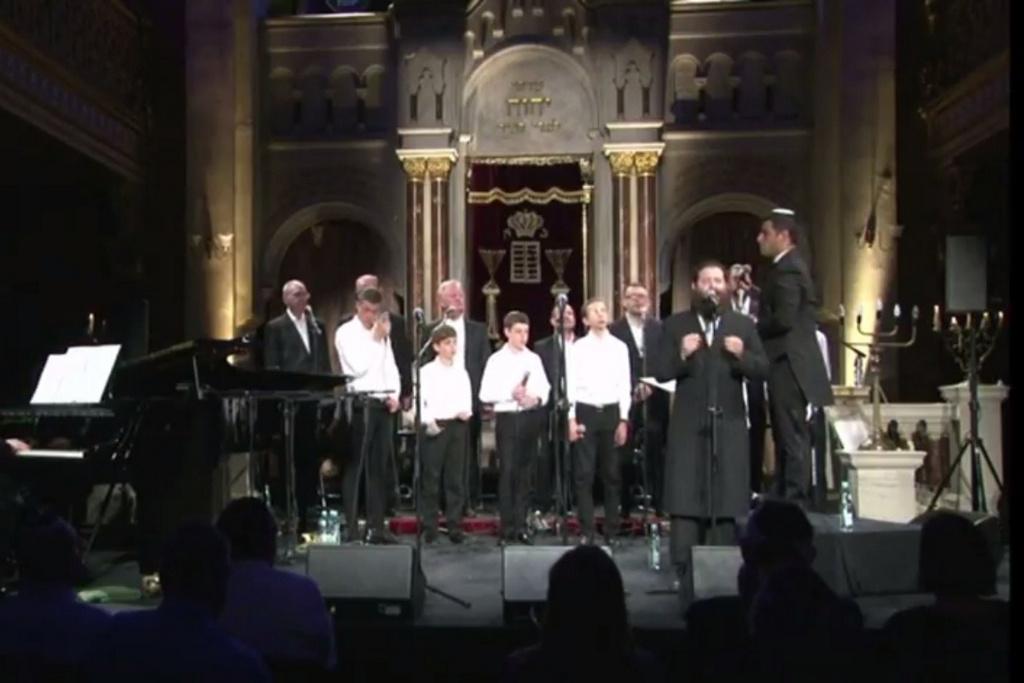 החזנים והמלאכים כבשו את קראקוב • צפו בוידאו