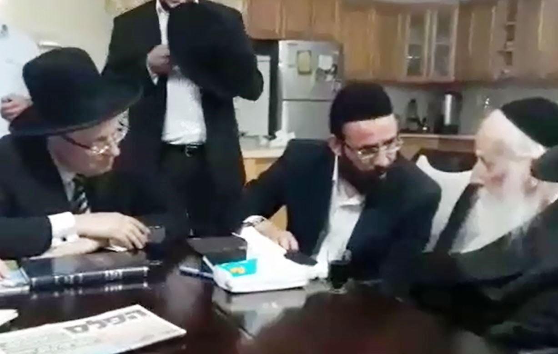 """הרב הנבחר בטבריה הגיע לאב""""ד • צפו בוידאו"""