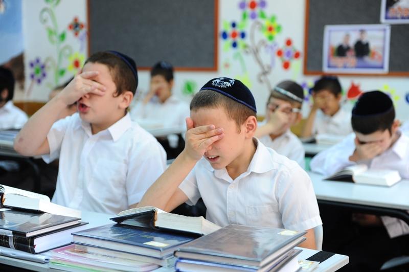 בצל המאבקים: מספר התלמידים בחינוך הממלכתי חרדי נחשף