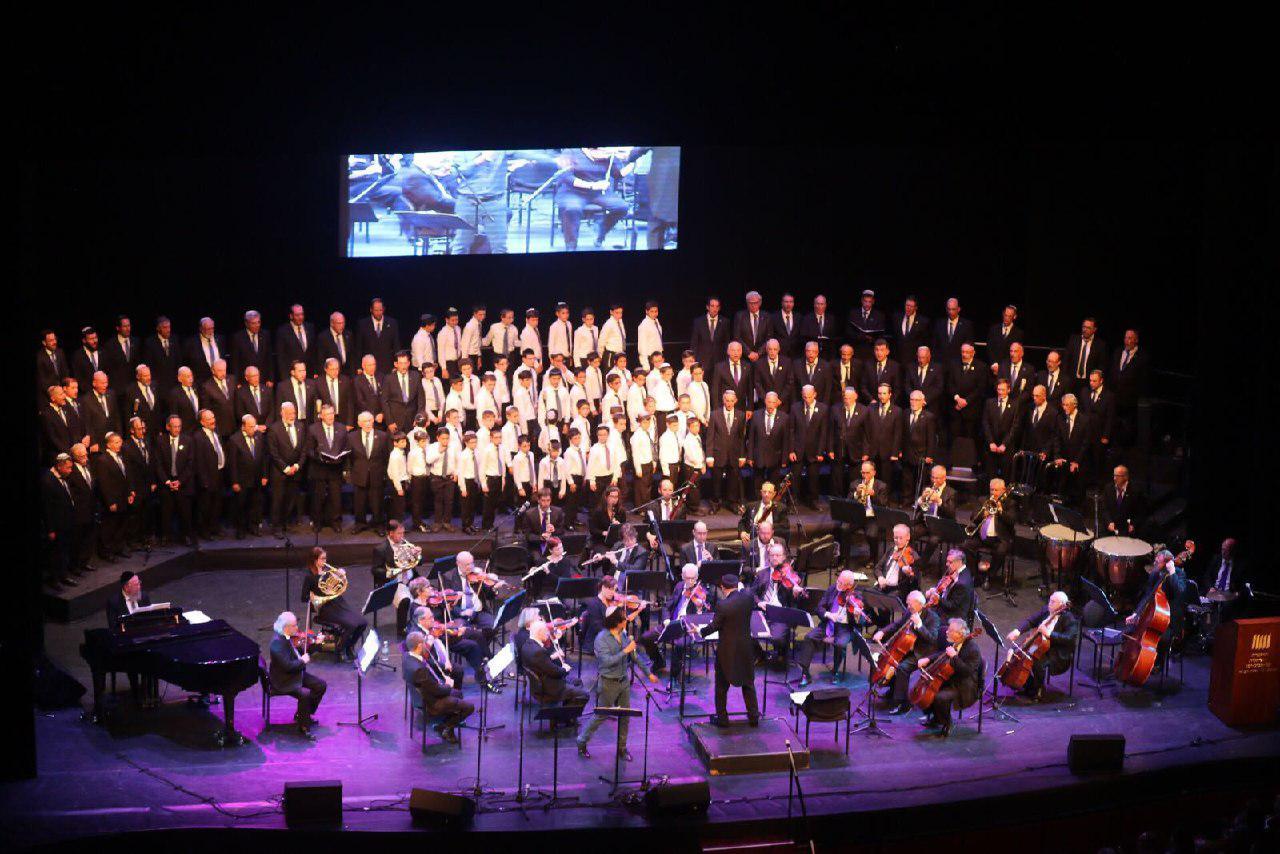 תיעוד ענק: קרליבך כבש את האופרה • וידאו