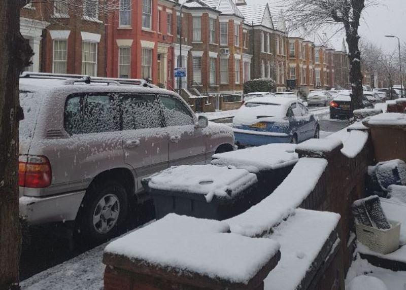 השלג הראשון ישאיר את התלמידים בבית
