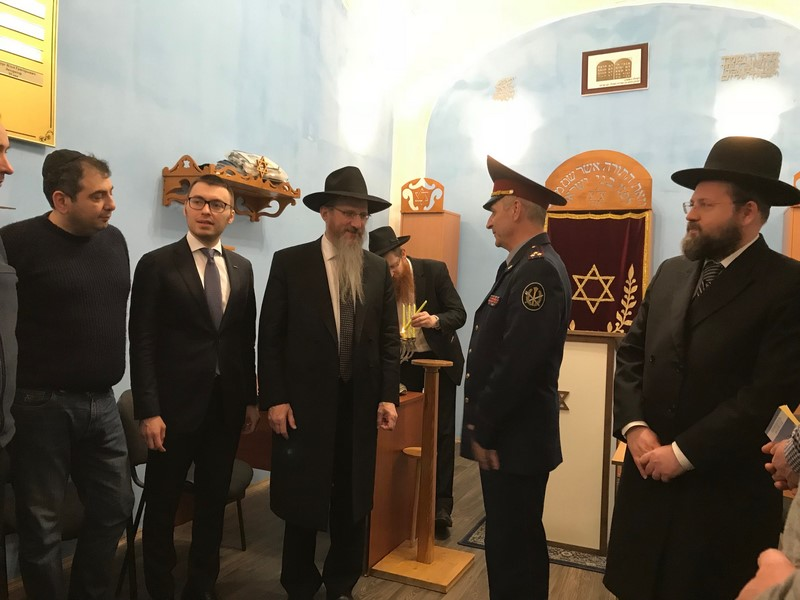 נר חנוכה יהודי בכלא הרוסי הוותיק בעולם