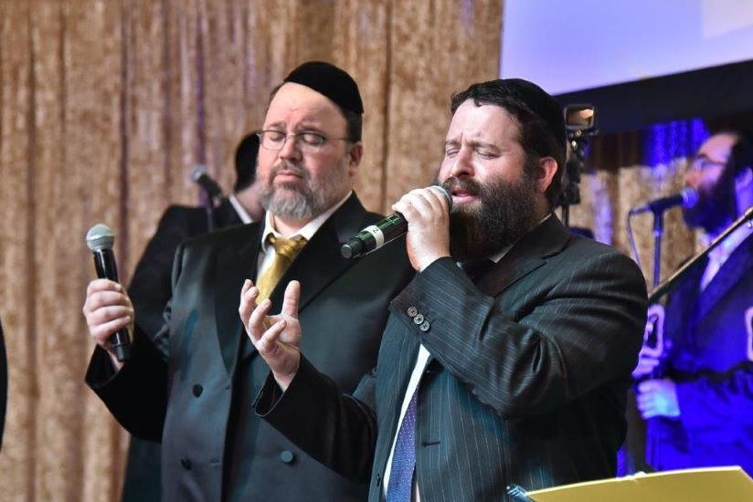 """שני הזמרים ביצעו בדואט: שיר לזכר הגראי""""ל • צפו"""