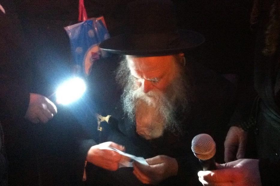 בעקבות ביוב, המשפיע האשים את הרבנים • תיעוד