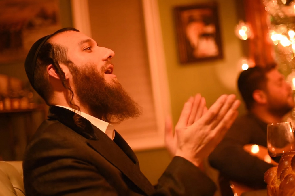 א שבת פאברענג: כך נראית השבת של בערי וועבר