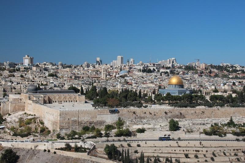לאחר שעות מורטות עצבים: חוק ירושלים אושר