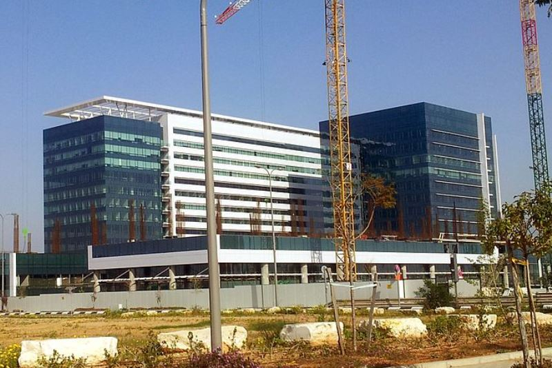 סאפיינס מפטרת עשרות עובדים בישראל