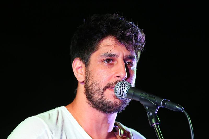 """""""חטא על פשע"""" • הזמר הישראלי שתומך בחוק המרכולים"""
