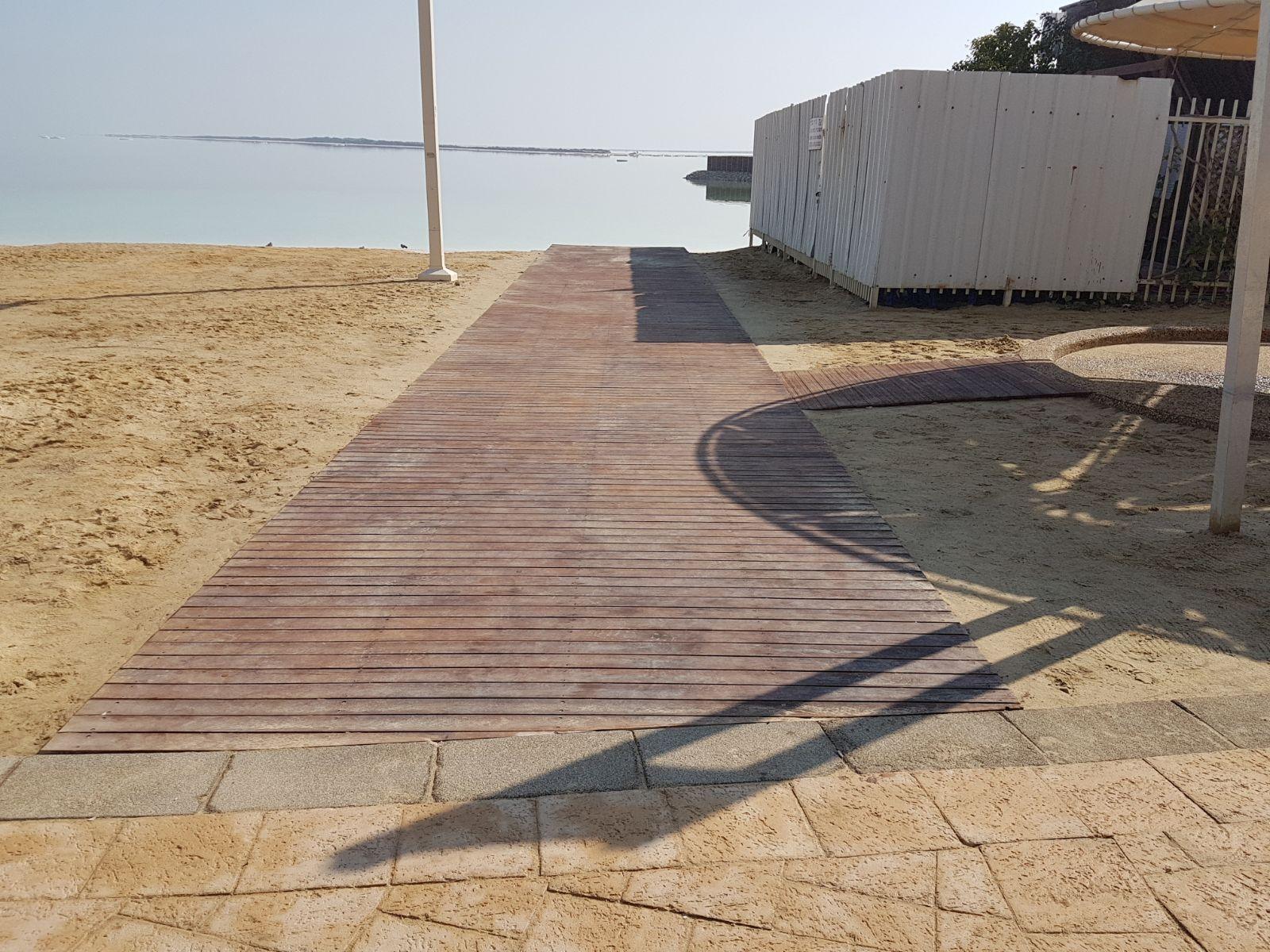 תיעוד: כך בונים מחדש את החוף הנפרד