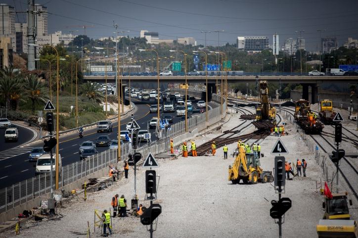 הרחפן תיעד: חילול שבת מאסיבי בתחנת הרכבת בתל אביב