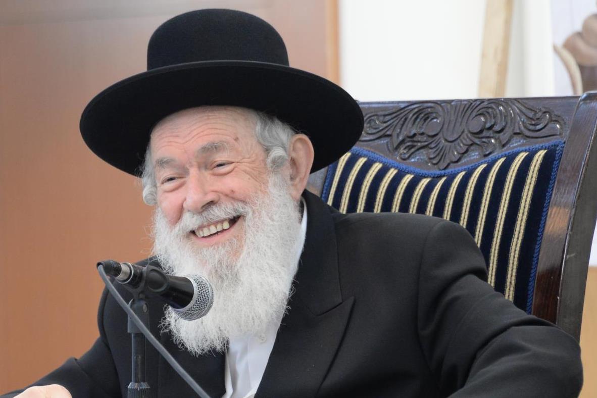 """הרב זילברשטיין: """"חוסו על נפש ילדכם"""""""