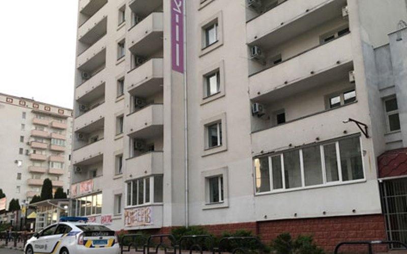 דרמה: חמושים השתלטו על המלון באומן