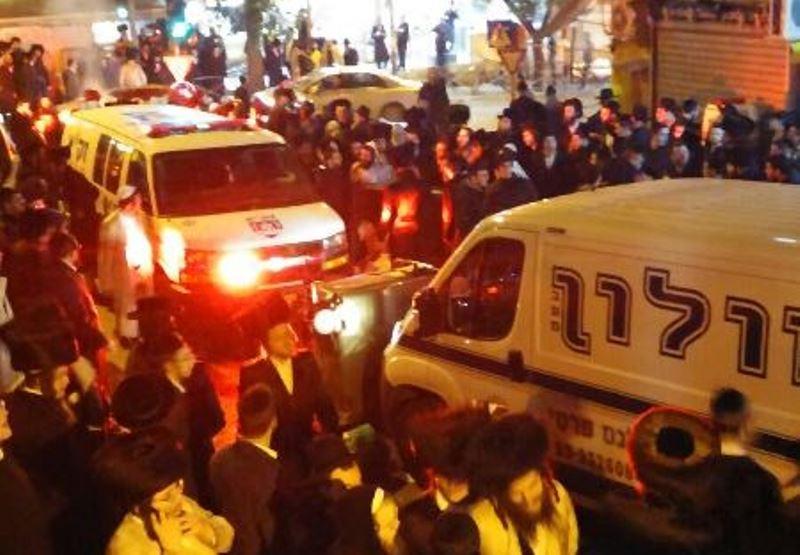 הפגנה סוערת הלילה בשכונת גאולה: המשטרה השליכה רימוני הלם