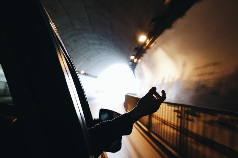 חרדי בן 24 סיבך את עצמו במנהרה ונעצר