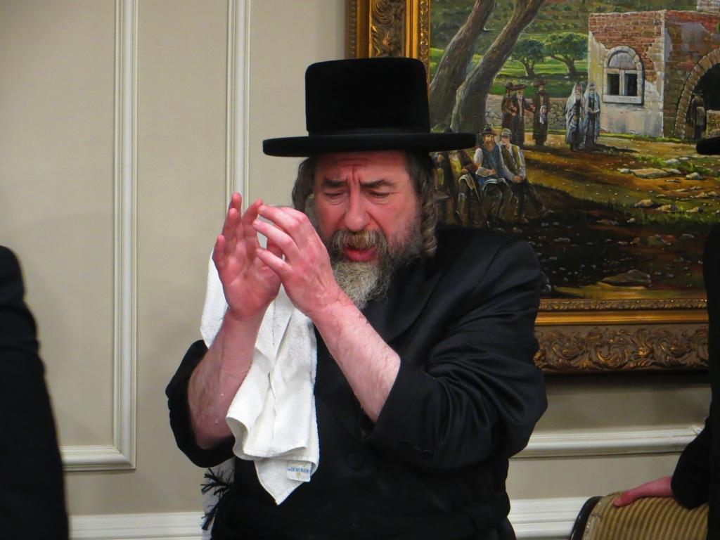 צפו: הרבי מרחמסטריווקא הגיע לבקר במונסי