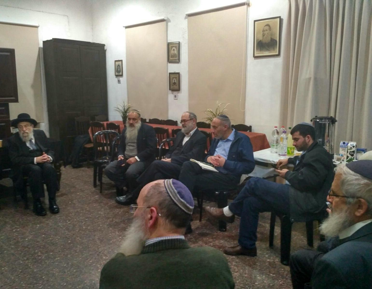 אמירות חריפות במפגש סודי של רבנים דתיים