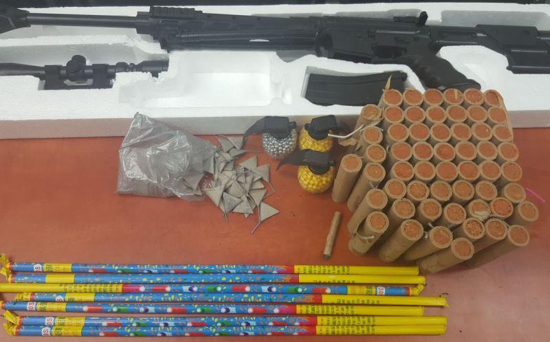 עושה חזיזים: עשרות נפצים נתפסו בבני ברק