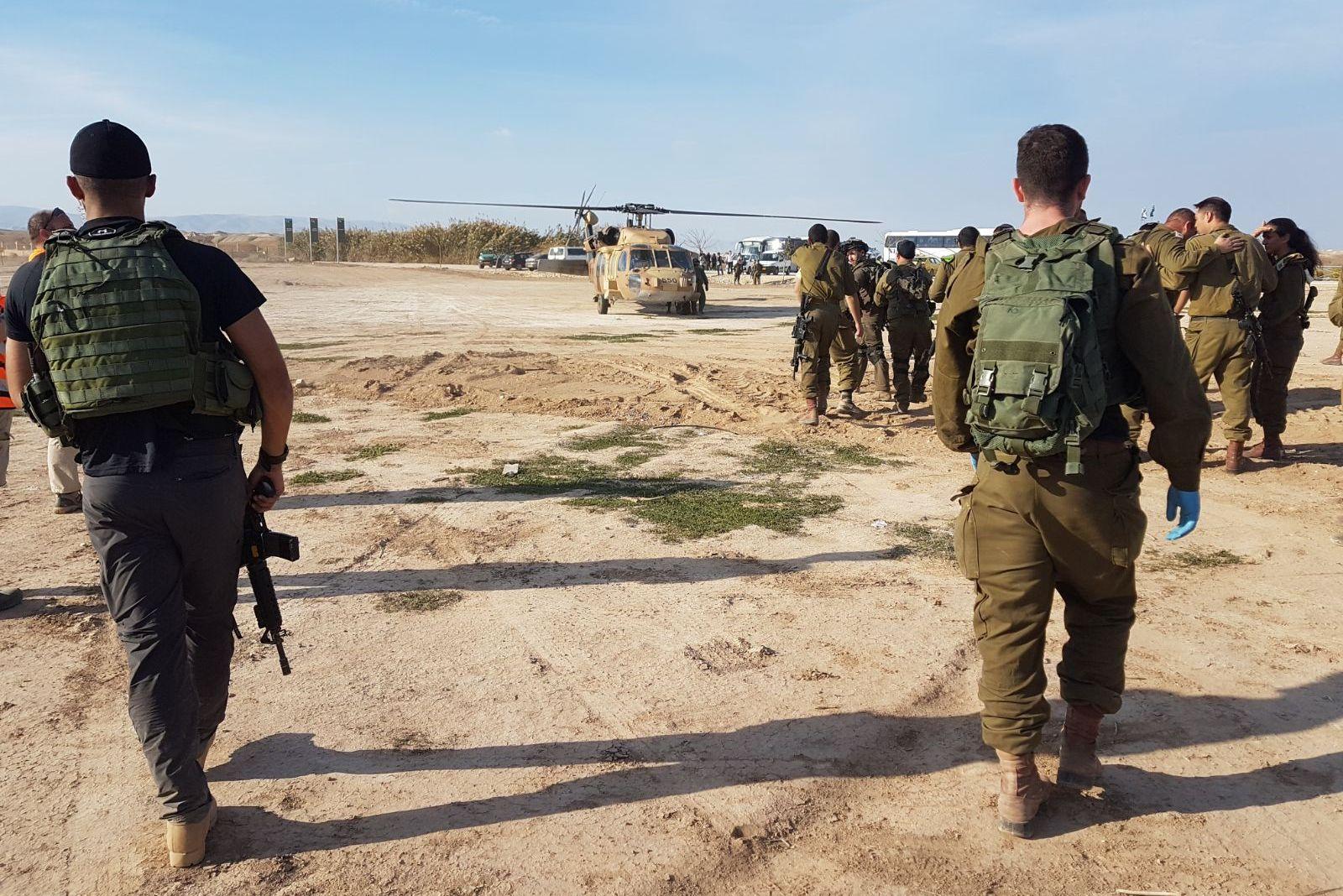 """""""אירוע חמור"""": חיילים נפצעו בפיצוץ מטען"""
