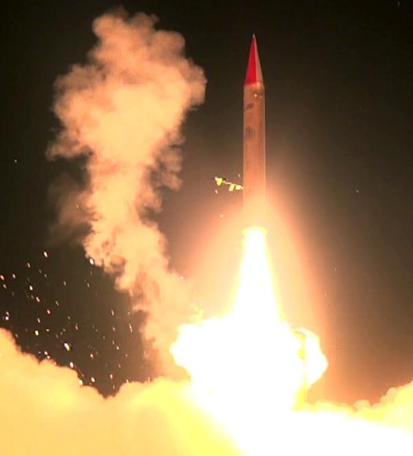 צפו בתיעוד: ניסוי הטיל הישראלי חץ 3