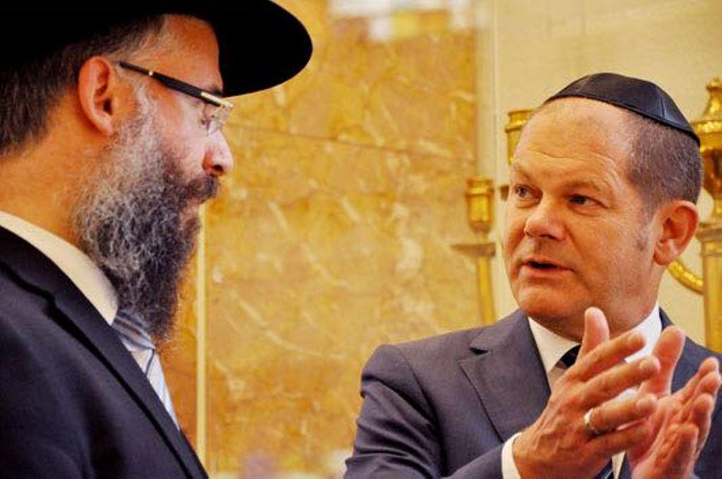 מרקל הקימה קואליציה; שר האוצר החדש - ידיד הקהילה היהודית