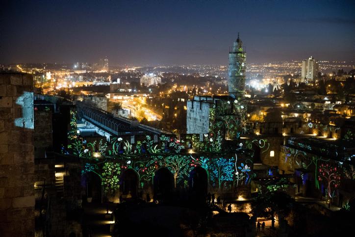 מגדל דוד והמצודה הוארו בתאורה מרהיבה • גלריה