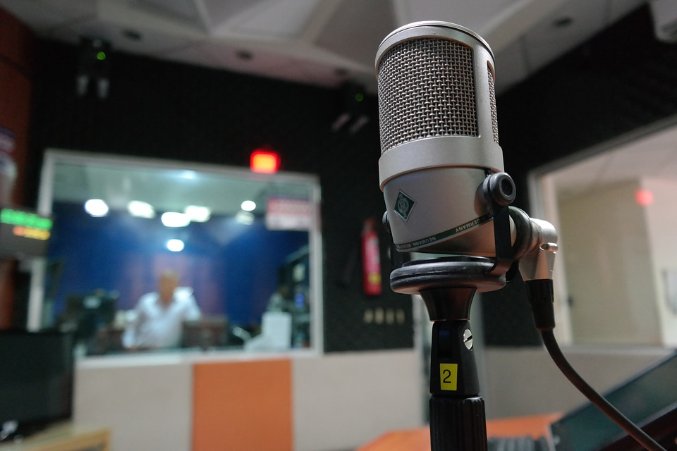 """תחנת הרדיו הגדולה בארה""""ב בדרך לפשיטת רגל"""