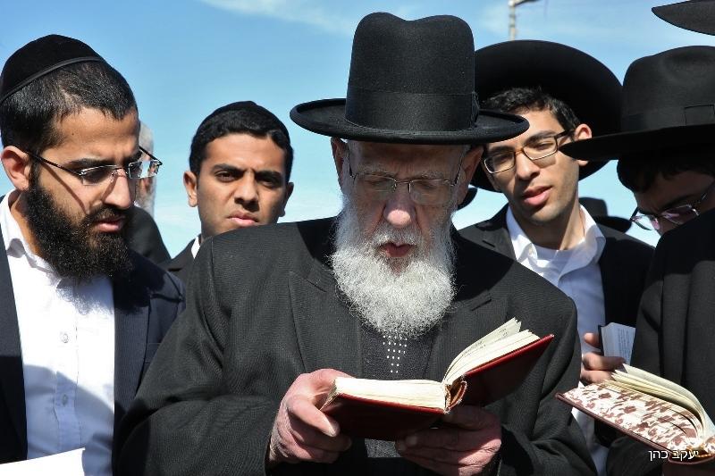 מאחורי הקלעים: נחשף מכתב הרבנים נגד עמדת גפני