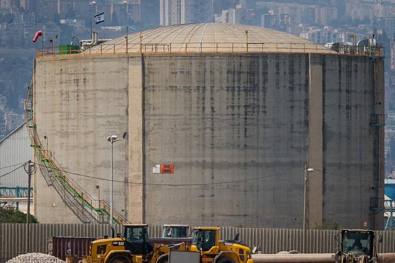 למרות תמיכת נתניהו - כחלון טירפד את חוק חיפה כימיקלים