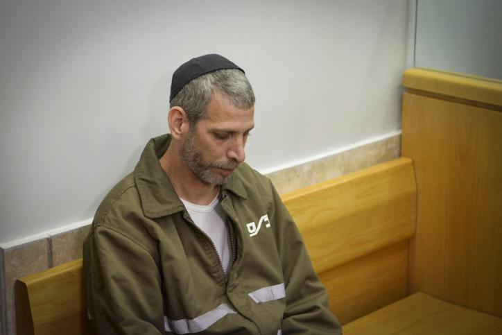 המדינה האשימה אותו שרצח את אמו - ופיצתה אותו