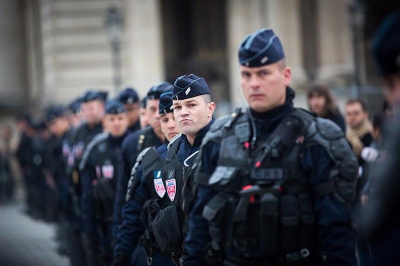 ילדה הותקפה בפריז: