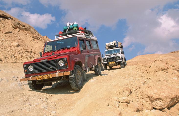 ברוח ההיסטוריה: טיול רכבי שטח בדרך בורמה