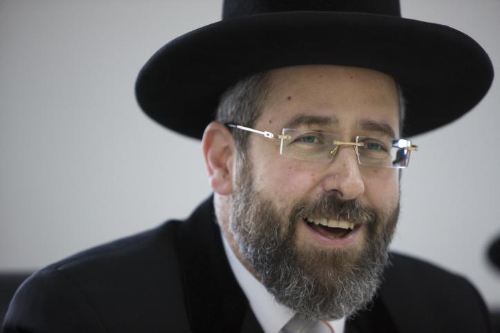 """הגר""""ד לאו: """"להתייעץ עם הרבנים לפני כל חוק"""""""