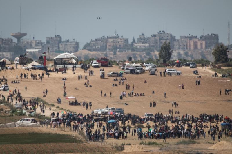 אלפי פלסטינים התפרעו בגבול עזה
