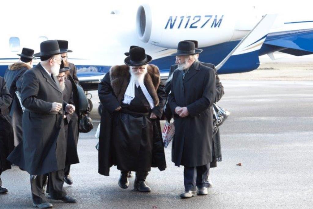 ומי זכה בכרטיס טיסה לישראל? הרבי בעצמו