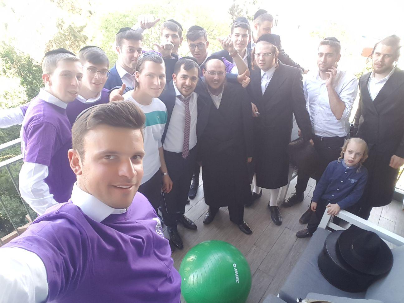 צפו: המתנדבים שימחו את העסקן שעבר אירוע לבבי