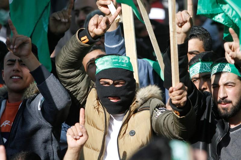 צפו: המחבלים מעזה במסר מאיים בעברית
