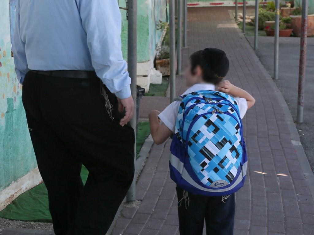 בנט הורה: חופשת הילדים המיוחדים תותאם למגזר החרדי