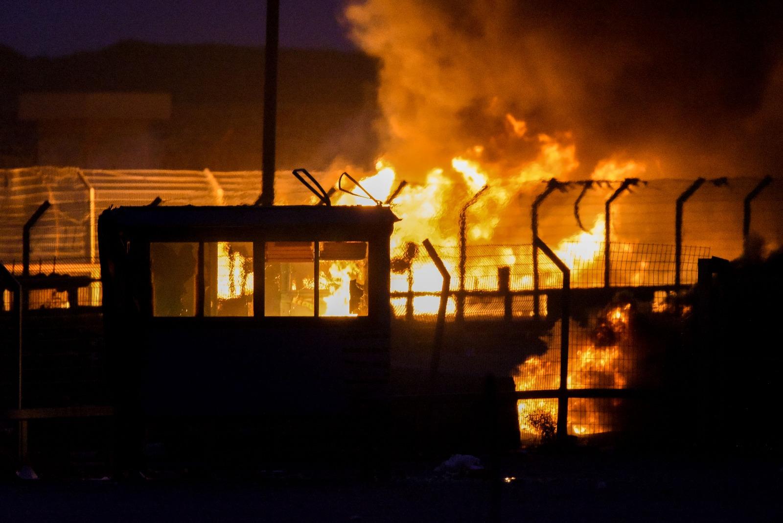 דם, אש ותמרות עשן בגבול הרצועה • 6 הרוגים