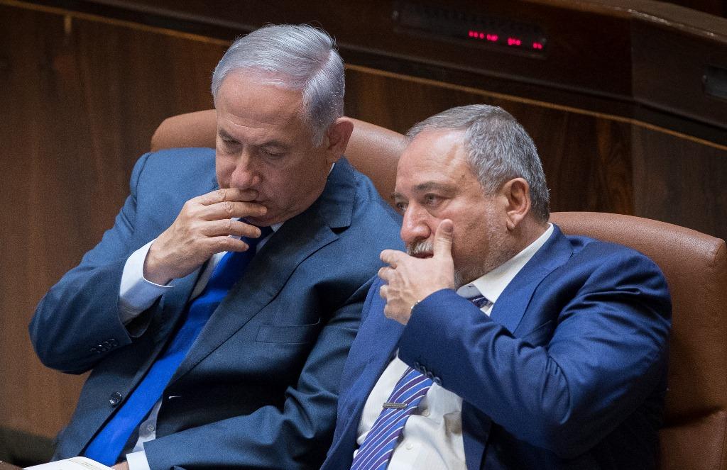 בעקבות האיום החרדי: נתניהו דורש מליברמן להאיץ את חוק הגיוס