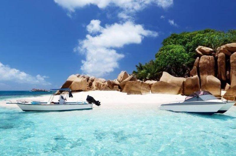 טסים: איי סיישל - ים, פינוקים ואקסטרים