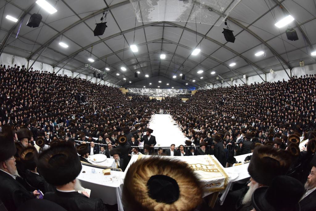 צפו: כשהילדים שרו בפני הרבנית מבעלזא